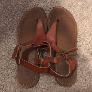 Mossimo tan sandals